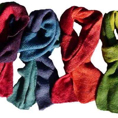 Schals, Loops und Plaids